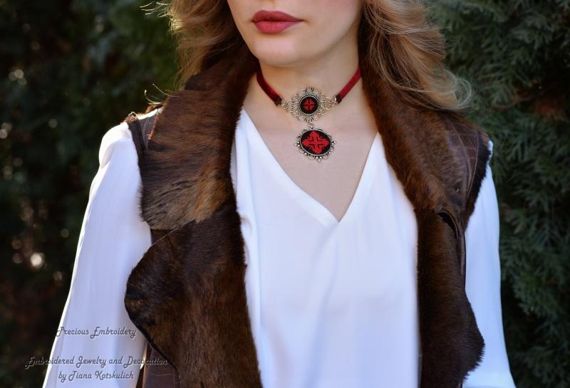 Колье чокер с кулоном Красное и черное Красный Фурнитура под серебро, ба Коцкулич Татьяна - фото 2