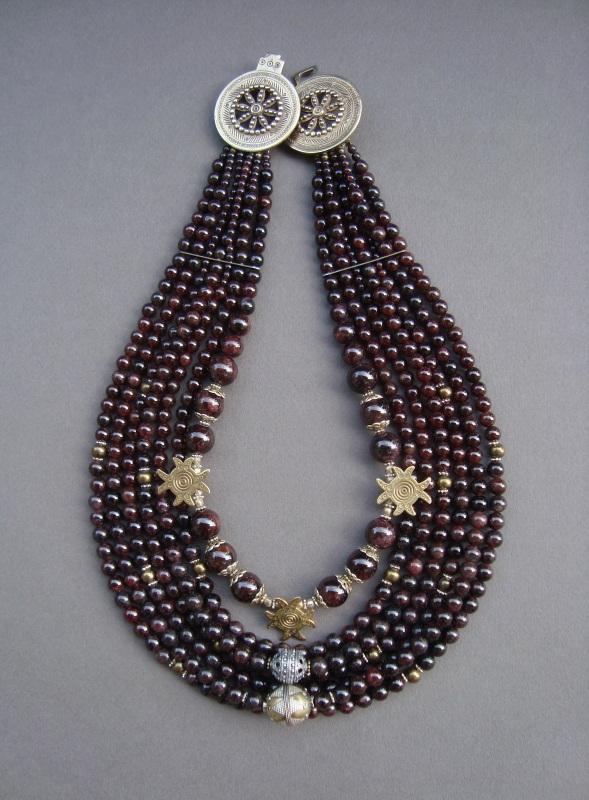 """Ожерелье """"Гранатовое"""" Красный Гранат, латунь, серебро, Ковальчук Тамара - фото 1"""