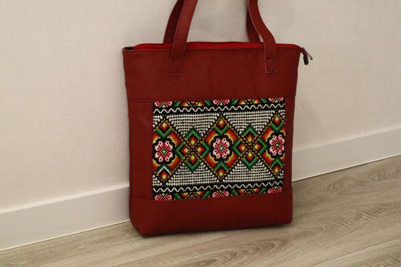Сумка из натуральной итальянской кожи и ручной вышивки Красный Натуральная итальянская к Alonett - фото 3