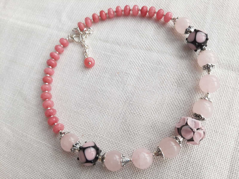 """Намисто-чокер """"Ніжність""""  Рожевий Натуральне каміння рожево Кротько Марина - фото 1"""