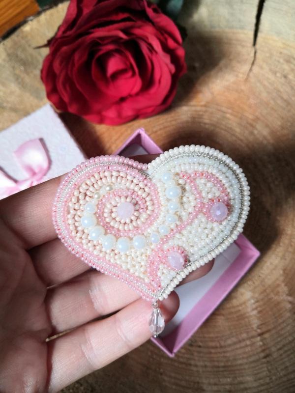 Сердце Белый бисер, стразы, кристаллы, Кушнаренко Инна - фото 1