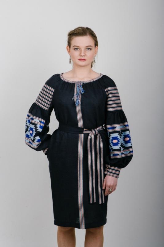 """Платье вышитое гранат """"Веритка"""" Черный 100% высококачественный л Zirka Levytska - фото 1"""