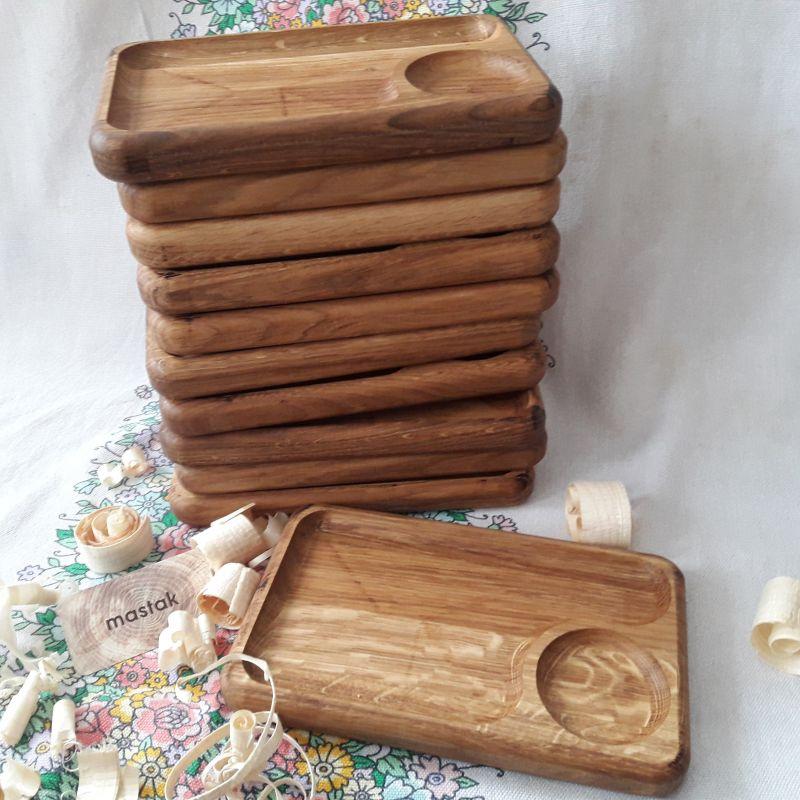 Дубовая тарелка для подачи, менажница  дуб Магазин авторских изделий из древесины Андрея Лисканюка - фото 1
