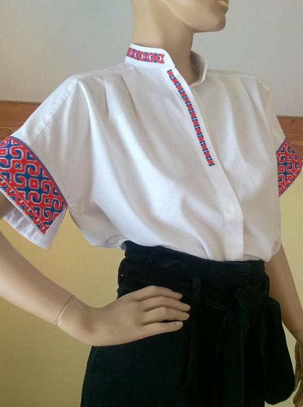 Женская белая рубашка с украино старинной вышивкой Белый Ткань - 100% хлопок, выши Мацигин Наталья - фото 4