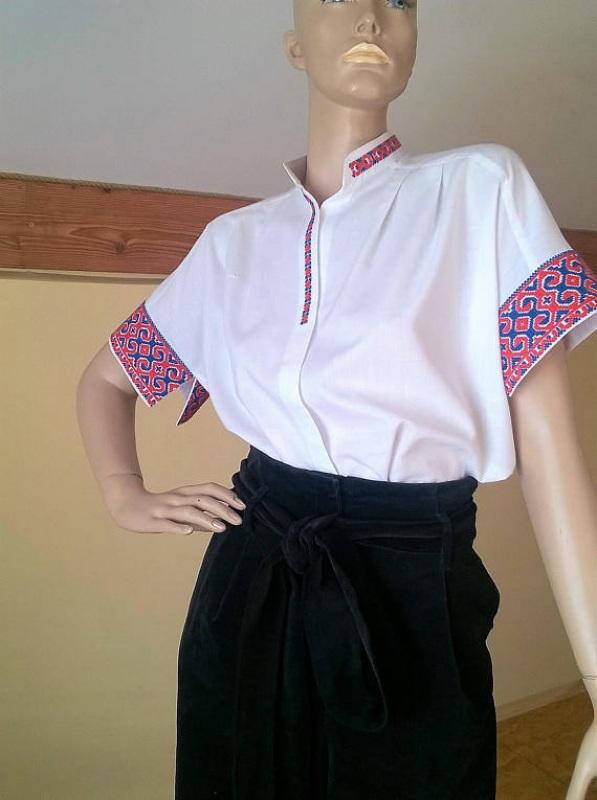Женская белая рубашка с украино старинной вышивкой Белый Ткань - 100% хлопок, выши Мацигин Наталья - фото 1