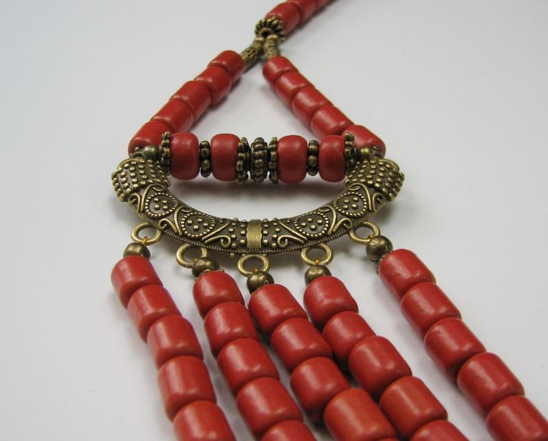 Ожерелье керамическое с бусинами губчатого коралла Красный керамика, коралл губчатый Матвиив Оксана - фото 3