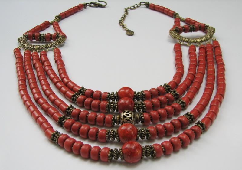 Ожерелье керамическое с бусинами губчатого коралла Красный керамика, коралл губчатый Матвиив Оксана - фото 2