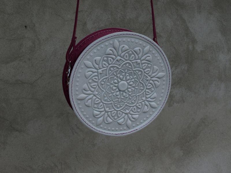 Круглая кожаная сумочка Орео Белый кожа Менчак Ирина - фото 3