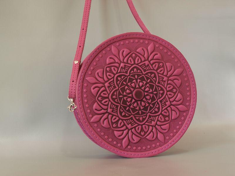 Круглая кожаная сумочка Орео Розовый кожа Менчак Ирина - фото 1