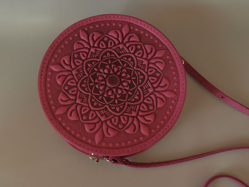 Круглая кожаная сумочка Орео Розовый кожа Менчак Ирина - фото 2