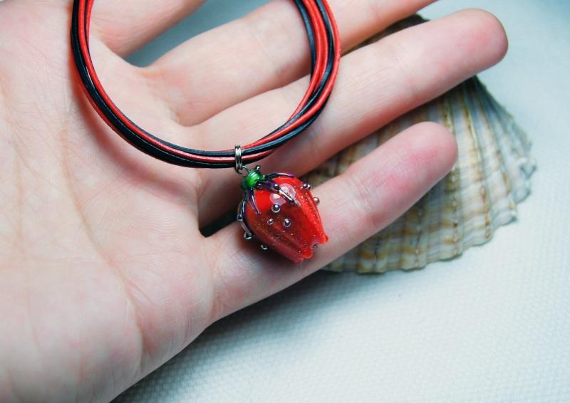 """Браслет """"Червона помада"""" Червоний скло, сталь, шкіра, намис Мусієнко Ангеліна - фото 4"""