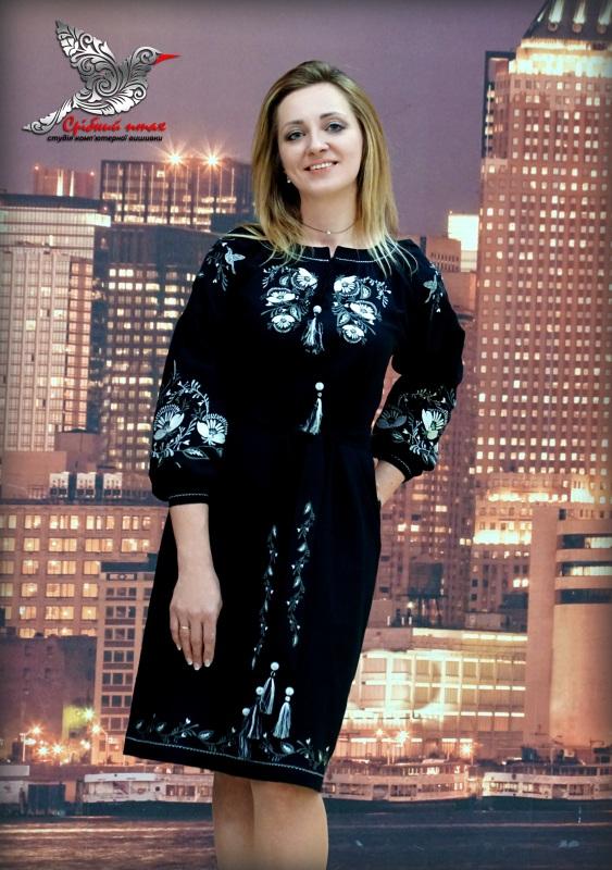 """Платье """"Серебряные маки"""" Черный домотканое полотно черног Студия вышивки """"Срібний птах"""" - фото 1"""