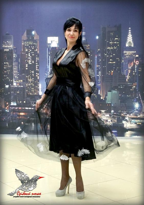 """Платье """"Перья ангела"""" Черный ткань - атлас, евросетка; Студия вышивки """"Срібний птах"""" - фото 1"""