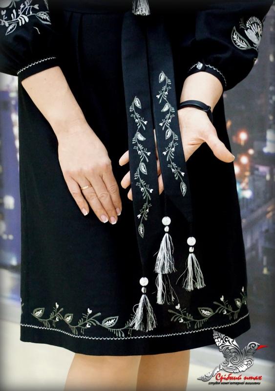 """Платье """"Серебряные маки"""" Черный домотканое полотно черног Студия вышивки """"Срібний птах"""" - фото 2"""