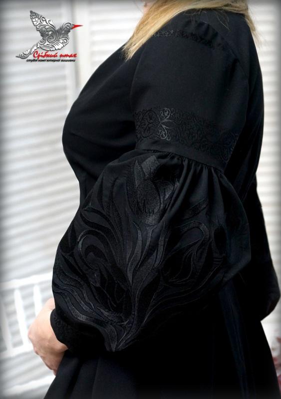 """Платье """"Черные тюльпаны"""" Черный костюмная ткань, шелковая Студия вышивки """"Срібний птах"""" - фото 6"""