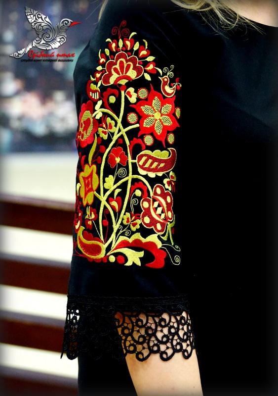 """Платье """"Древо жизни"""" с кружевом Черный костюмная ткань - австрал Студия вышивки """"Срібний птах"""" - фото 3"""