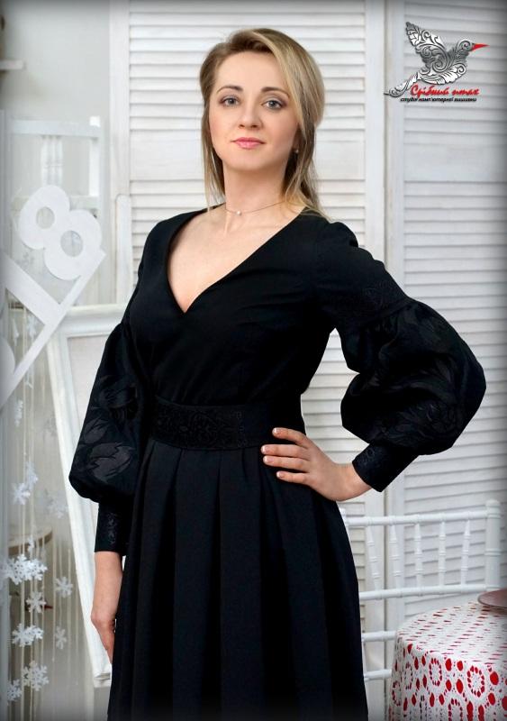 """Платье """"Черные тюльпаны"""" Черный костюмная ткань, шелковая Студия вышивки """"Срібний птах"""" - фото 4"""