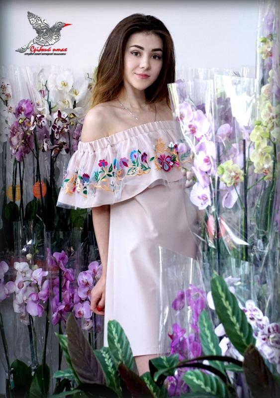 """Платье с воланом """"Ника""""  костюмная ткань, евросетк Студия вышивки """"Срібний птах"""" - фото 3"""