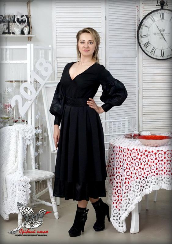 """Платье """"Черные тюльпаны"""" Черный костюмная ткань, шелковая Студия вышивки """"Срібний птах"""" - фото 1"""