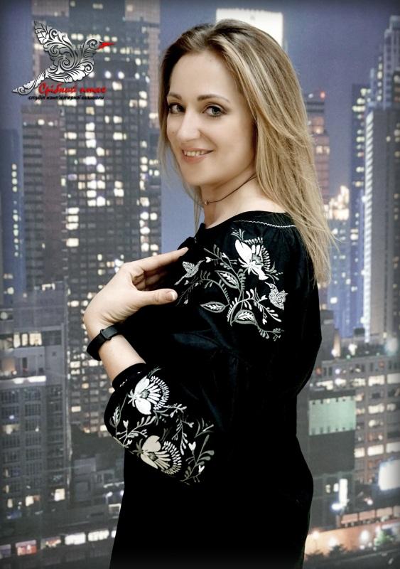 """Платье """"Серебряные маки"""" Черный домотканое полотно черног Студия вышивки """"Срібний птах"""" - фото 3"""