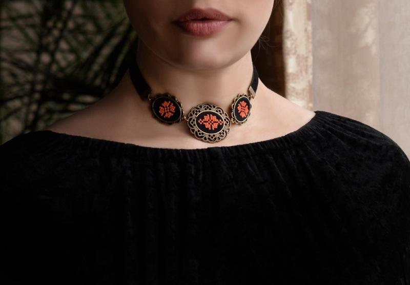 Ожерелье с вышитым чокером Лунная ночь Разноцветный агат, сердолик Негрич Инна - фото 2