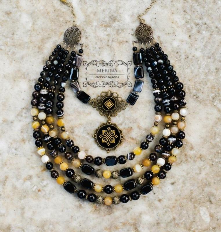 Ожерелье с вышитым дукатом Звездная ночь Черный агат Негрич Инна - фото 3