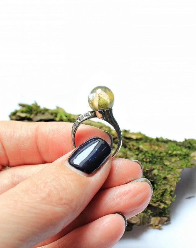 Кольцо с розой в сфере Белый Белая латунь,фианиты,ювел Новицкая Ольга - фото 1