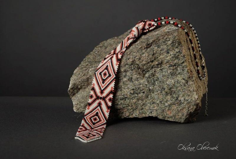 Галстук с украинским орнаментом  Японский бисер Тохо, мета Оберемок Оксана - фото 1