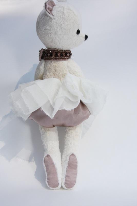 Мишка балерина Малена  Немецкая вискоза,натураль Ольмезова Ольга - фото 1
