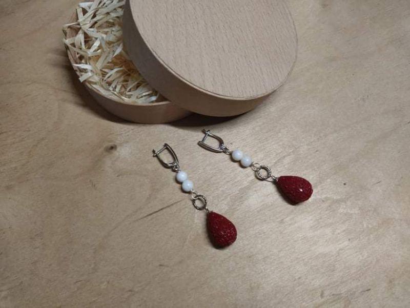 Клубника со сливками Красный Искусственный агат и кора Попова Ольга - фото 1