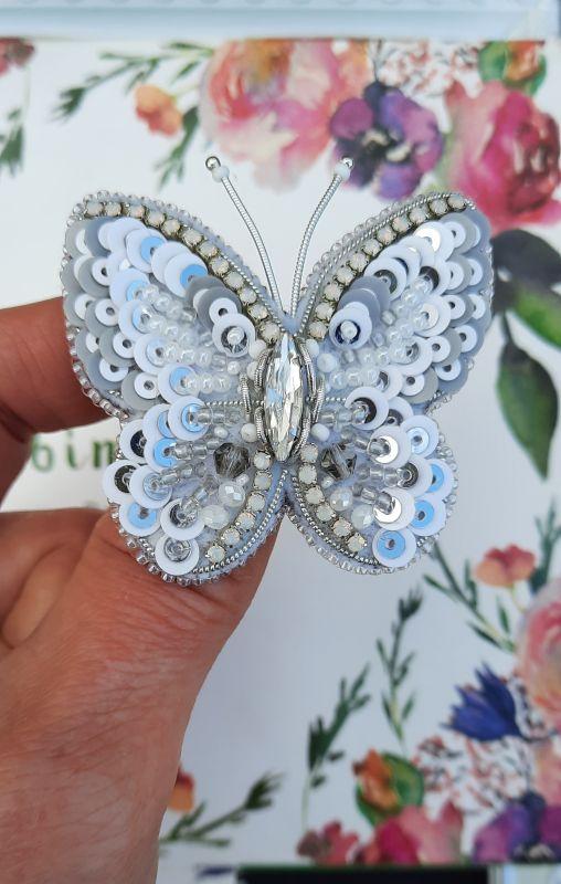 Брошь Хрустальная бабочка Белый Фетр, чешский и японский Рукавицына Наталья - фото 1