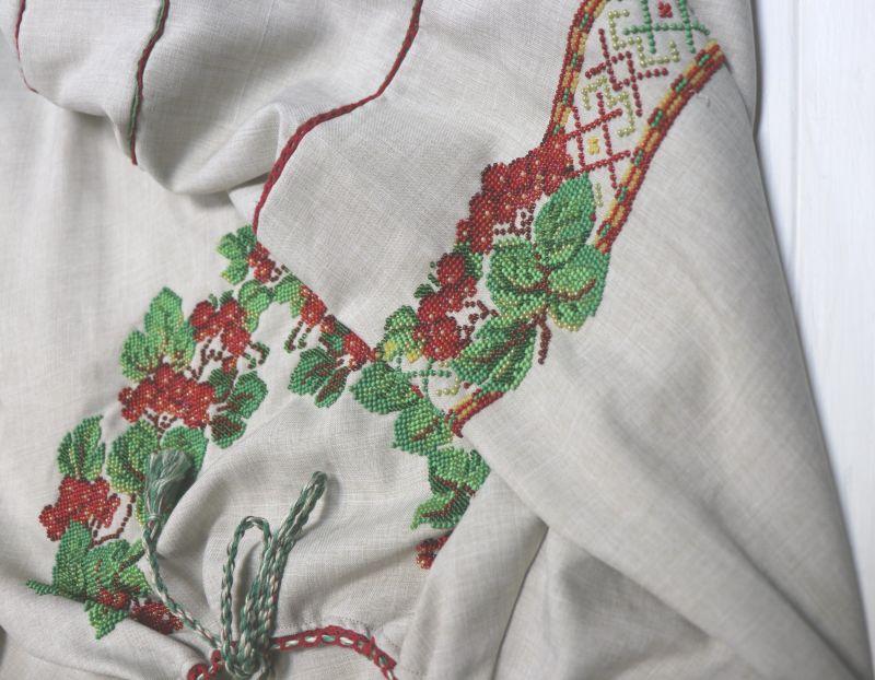 Сорочка-вышиванка с вышивкой бисеом Белый бисер, полотно Рябчун Юлія - фото 2