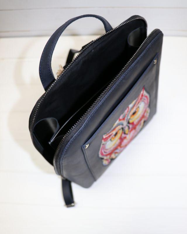 Кожанный Рюкзак с вышивкой  Черный Кожа, вышивальные нитки Рябчун Юлія - фото 3