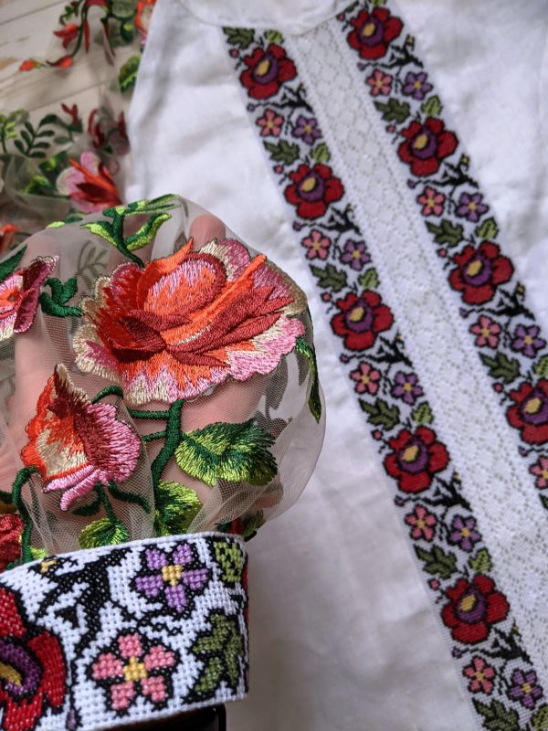 Блуза с ручной вышивкой Белый лен, кружево, мулине, фат Рябчун Юлія - фото 4