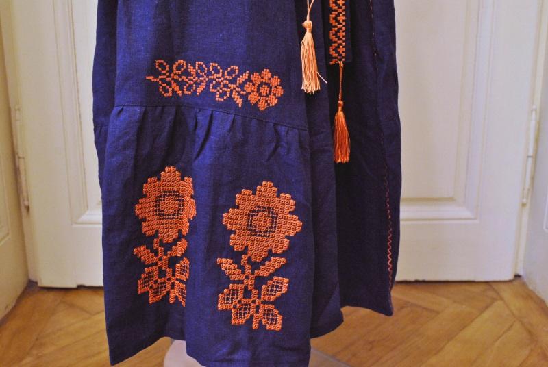 Стильное женское бохо платье на синем льне с оранжевыми цветами Синий натуральный лен Салдан Галина - фото 8