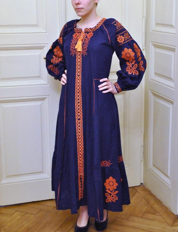 Стильное женское бохо платье на синем льне с оранжевыми цветами Синий натуральный лен Салдан Галина - фото 7