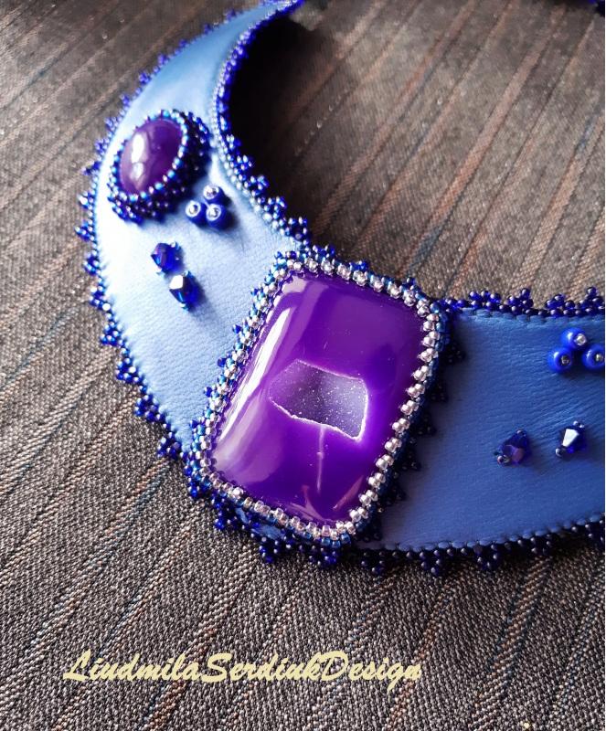Колье с фиолетовыми агатами Фиолетовый В центре колье фиолетовый Сердюк Людмила - фото 4
