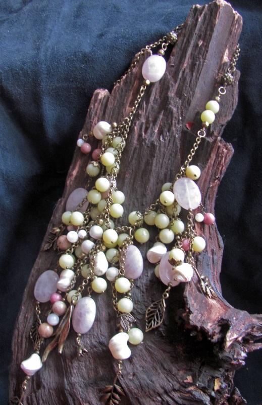 """Ожерелье в стиле бохо """"Яблоневый сад"""" Разноцветный Розовый кварц, оливин, пе Скыба Елена - фото 2"""
