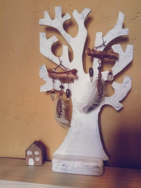 Серьги в бохо стиле Бордовый медь, перышко, бусины, ка Творческая мастерская Рыбка - фото 1