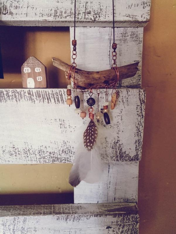 Подвеска в бохо стиле Разноцветный медь, перышко, бусины, ка Творческая мастерская Рыбка - фото 1