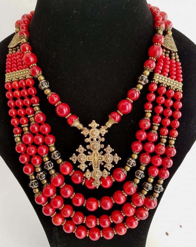 Красное-то любовь Красный коралл натуральный Стасив Наталья - фото 1