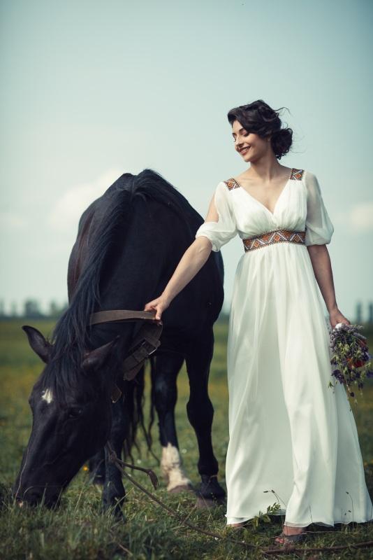 Платье 6 Белый Шифон, атлас, бисер. Цисецька Ирина - фото 1