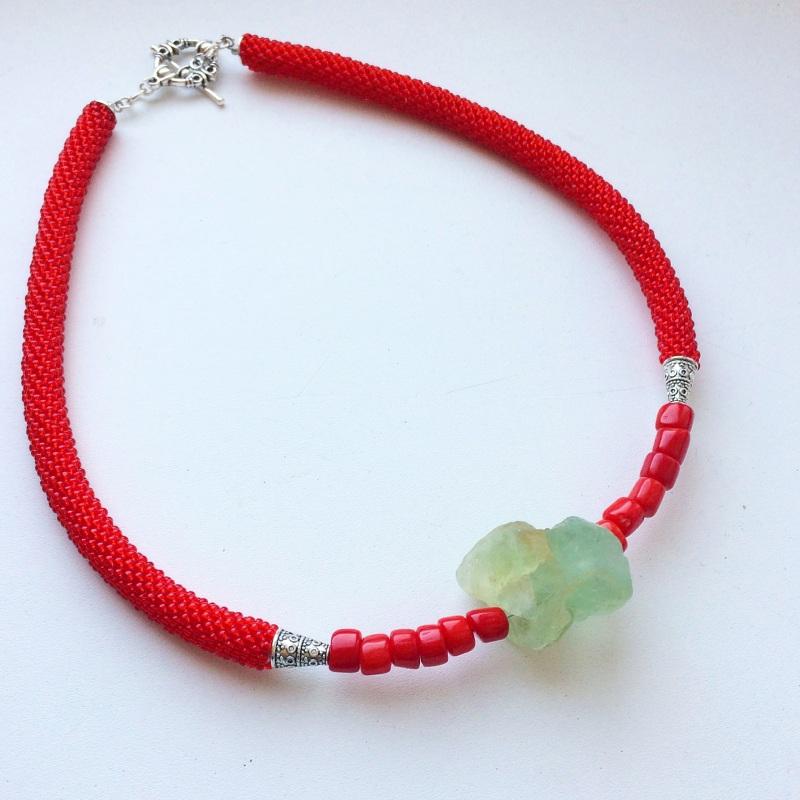 Камень Изциления Красный Камень нефрита, кораллы, Веселова Маргарита - фото 1