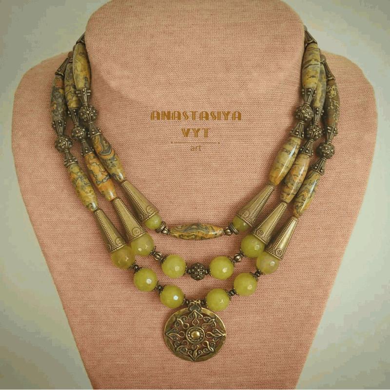 Ожерелье «Ранняя осень»  пейзажная яшма, хризолито Вит Анастасия - фото 1