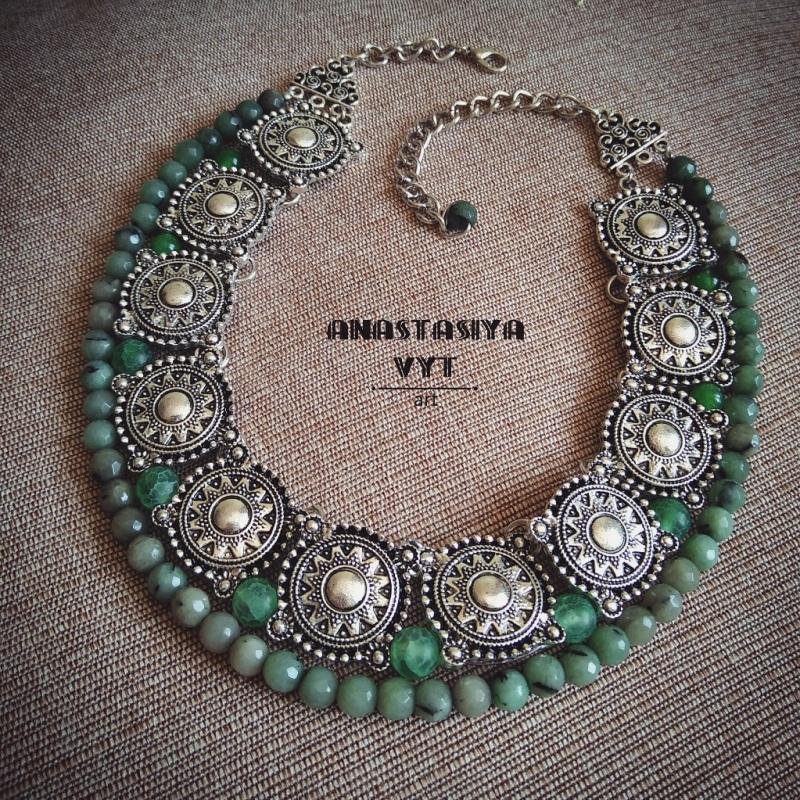 Ожерелье «Серебро с мхом» Зеленый зеленый варисцит, металл Вит Анастасия - фото 1