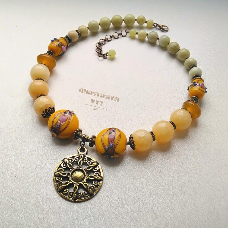 «Солнечное ожерелье»  оникс, светлый жадеит, ху Вит Анастасия - фото 1