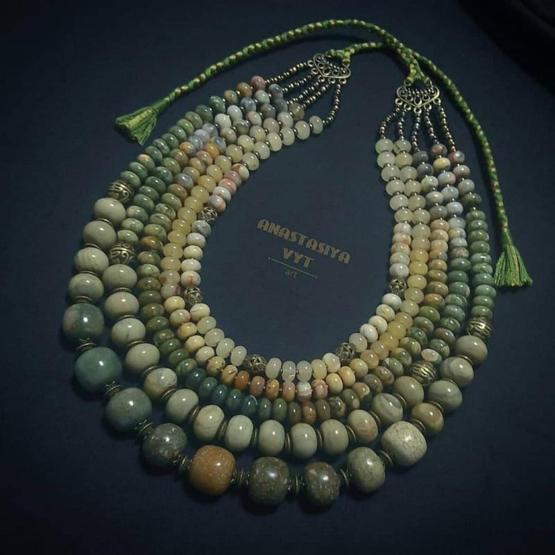 Ожерелье из яшмы «Камни жизни»  зеленая яшма разных оттен Вит Анастасия - фото 1