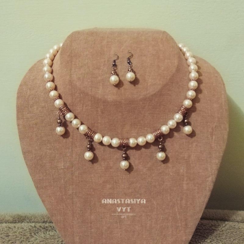 Колье и серьги «Розовый жемчуг» Белый Искусственный жемчуг 8 мм Вит Анастасия - фото 1
