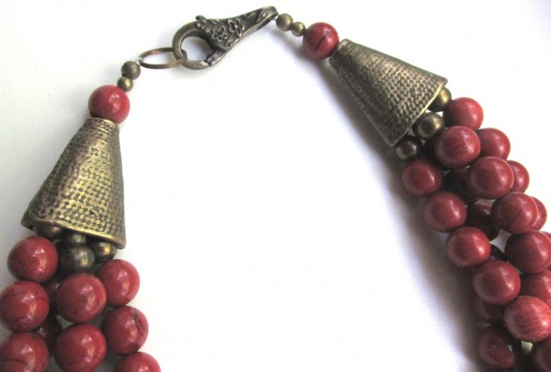 Ожерелье с шелестом  Яшма-кровавик, бижутерные Баклан Елена - фото 3