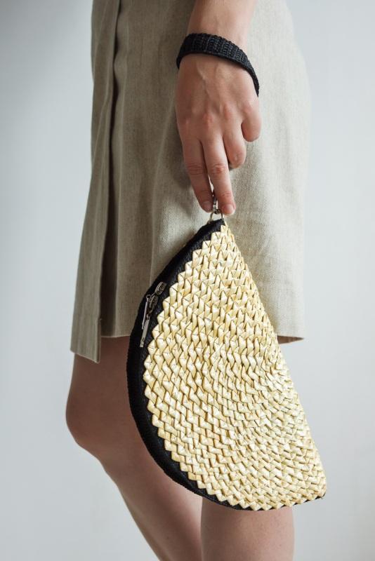 Соломенный клатч  солома, хлопковые нитки Якимович Олеся - фото 1